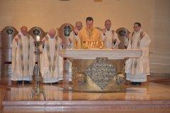 7-die-priester-bei-der-wandlung-DSC_0150.jpg