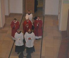 2-einzug-der-priester-DSC_0170.jpg